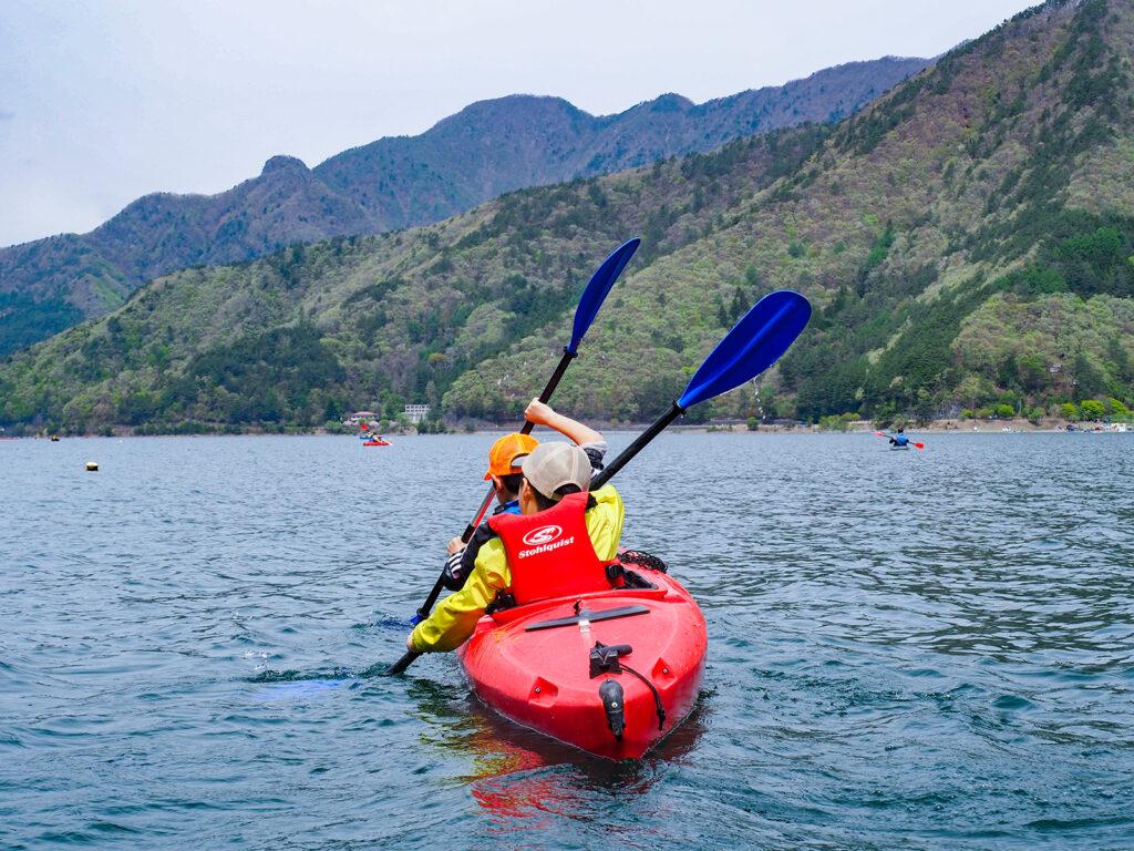 自然を相手に、楽しむこと。西湖パドリングツアー